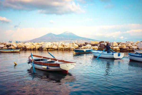 Napoli per famiglie, un viaggio per grandi e piccini alle falde del Vesuvio
