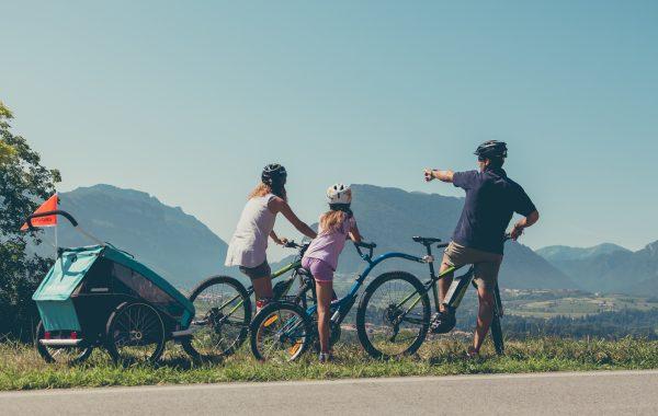 Una vacanza attiva in Trentino con tutta la famiglia tra sentieri e pedalate